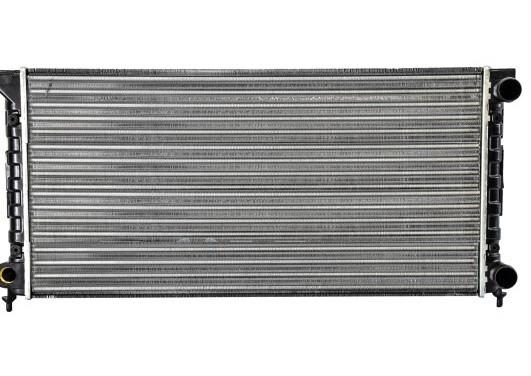 Радиатор охлаждения двигателя VW PASSAT3 MT/AT 88-93 (Van Wezel). 58002072