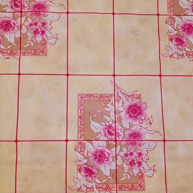 Клеенка Розовая Плитка на стол и на оклейку ПВХ на нетканой основе 30 м