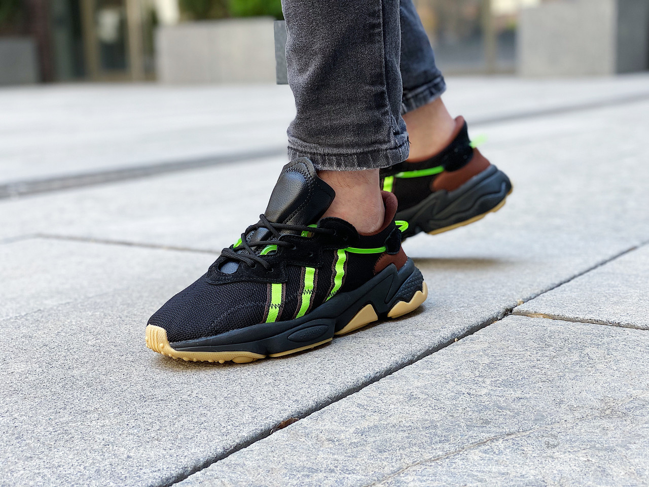 "Кроссовки мужские Adidas Ozweego Pusha T ""Mystery Brown"" / FV2484 (Размеры:42,45)"