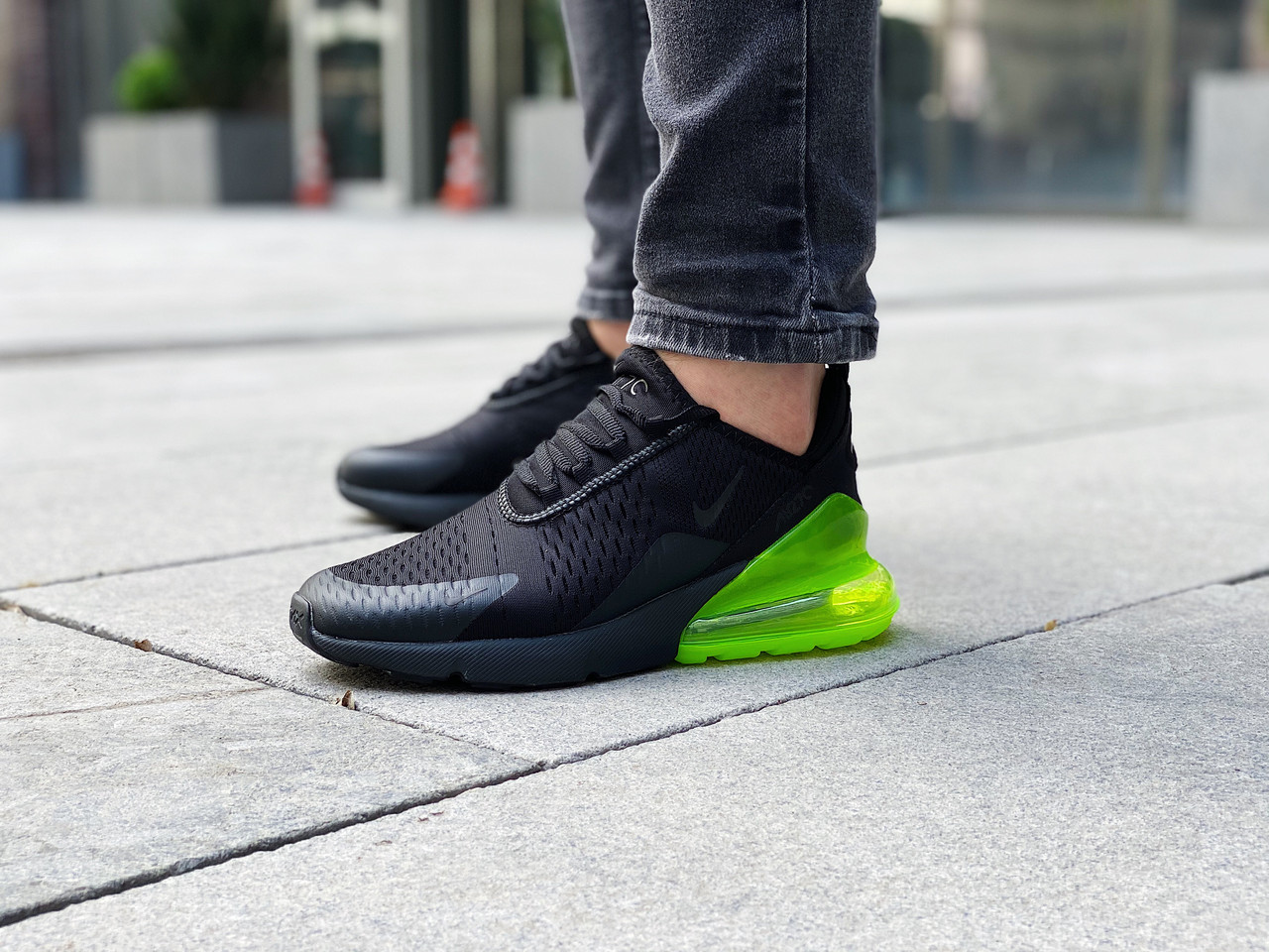 "Кроссовки мужские Nike Air Max 270 ""Black Volt"" / AH8050-011 (Размеры:42,45)"