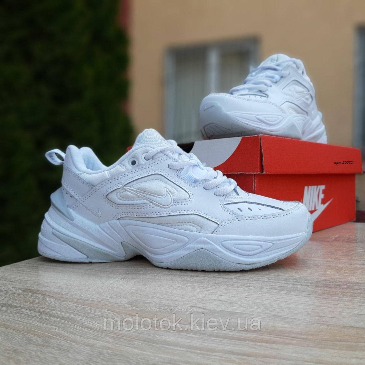 Жіночі кросівки в стилі Nike M2K Tekno білі з сірим