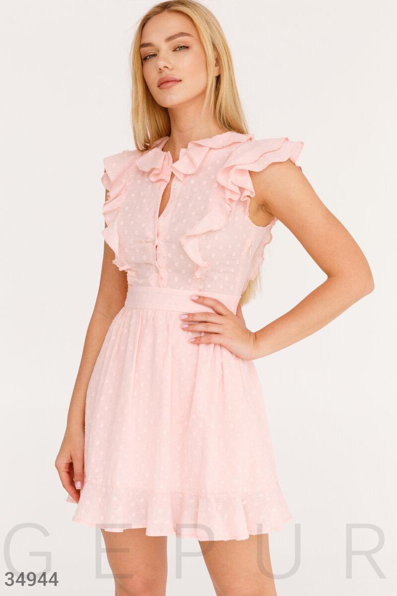 Короткое приталенное платье с оборками розовое