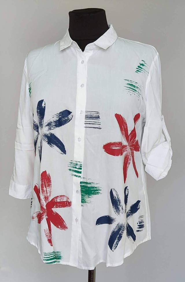 фотография женская блузка рубашка на пуговицах