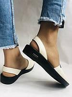 Модні босоніжки, білі на низькій платформі.Натуральна шкіра. Магазин .38.40 Vellena, фото 8