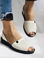 Модні босоніжки, білі на низькій платформі.Натуральна шкіра. Магазин .38.40 Vellena, фото 7