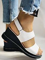Модні босоніжки, білі на невисокій платформі.Натуральна шкіра. Розмір 37.38,39.40.Туреччина. Магазин Vellena, фото 7