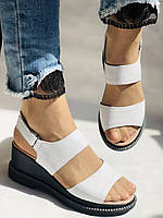 Модные босоножки, белые на невысокой платформе.Натуральная кожа. Размер 37.Турция. Магазин Vellena, фото 4