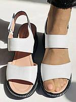Модные босоножки, белые на невысокой платформе.Натуральная кожа. Размер 37.Турция. Магазин Vellena, фото 8