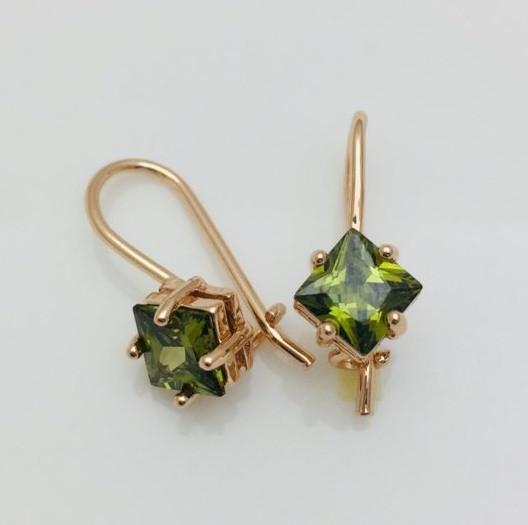 Серьги Fallon классика зеленый камень позолота 18К