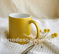 Золотая чашка глиттер с вашим фото или изображением любой сложности.