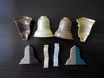 Комплектующие к плинтусу  угол внутренний и угол наружный