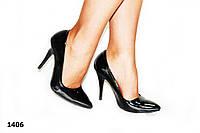 Женские туфли лодочка,черные,глянец,на шпильке