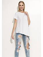 Белая длинная футболка - блуза свободного силуэта с карманом на груди