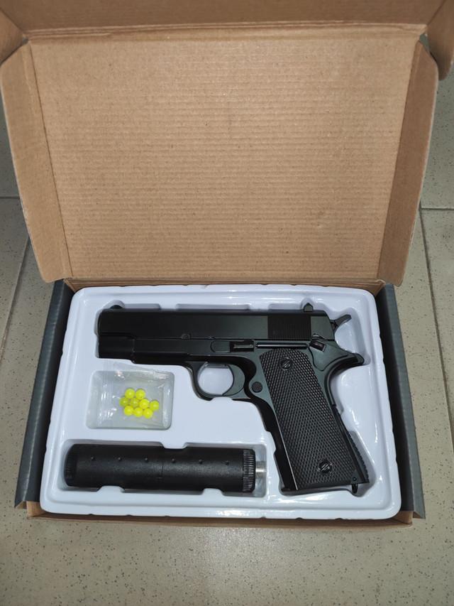 Детский пистолет с глушителем Беретта