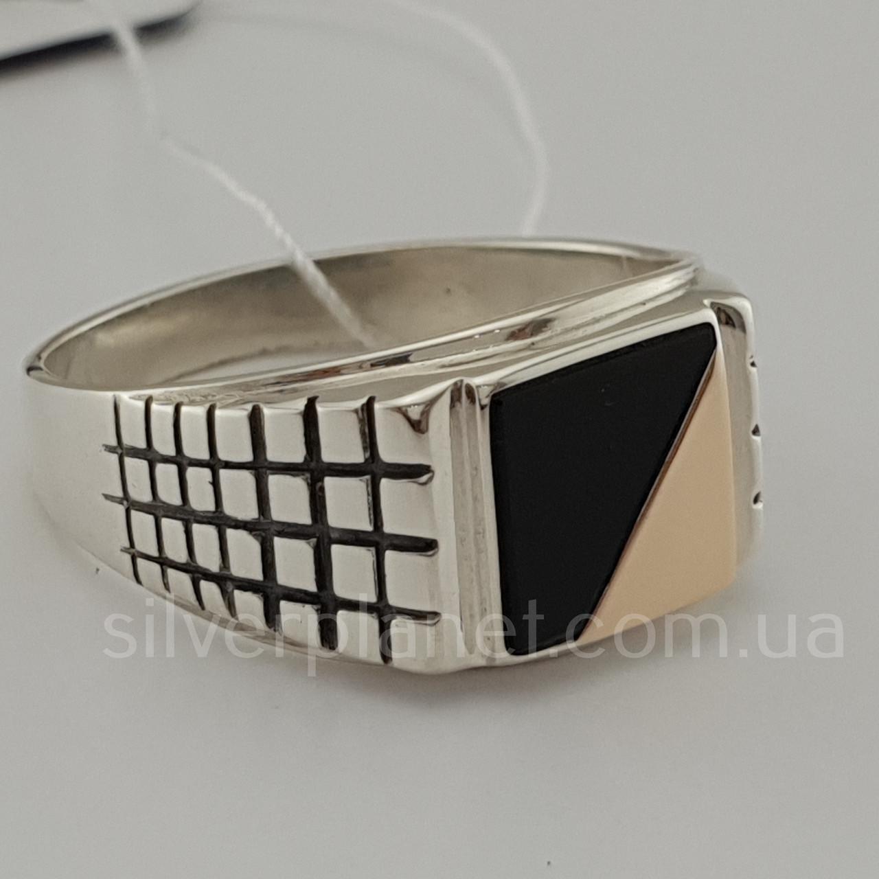 Мужское серебряное кольцо с золотом и ониксом