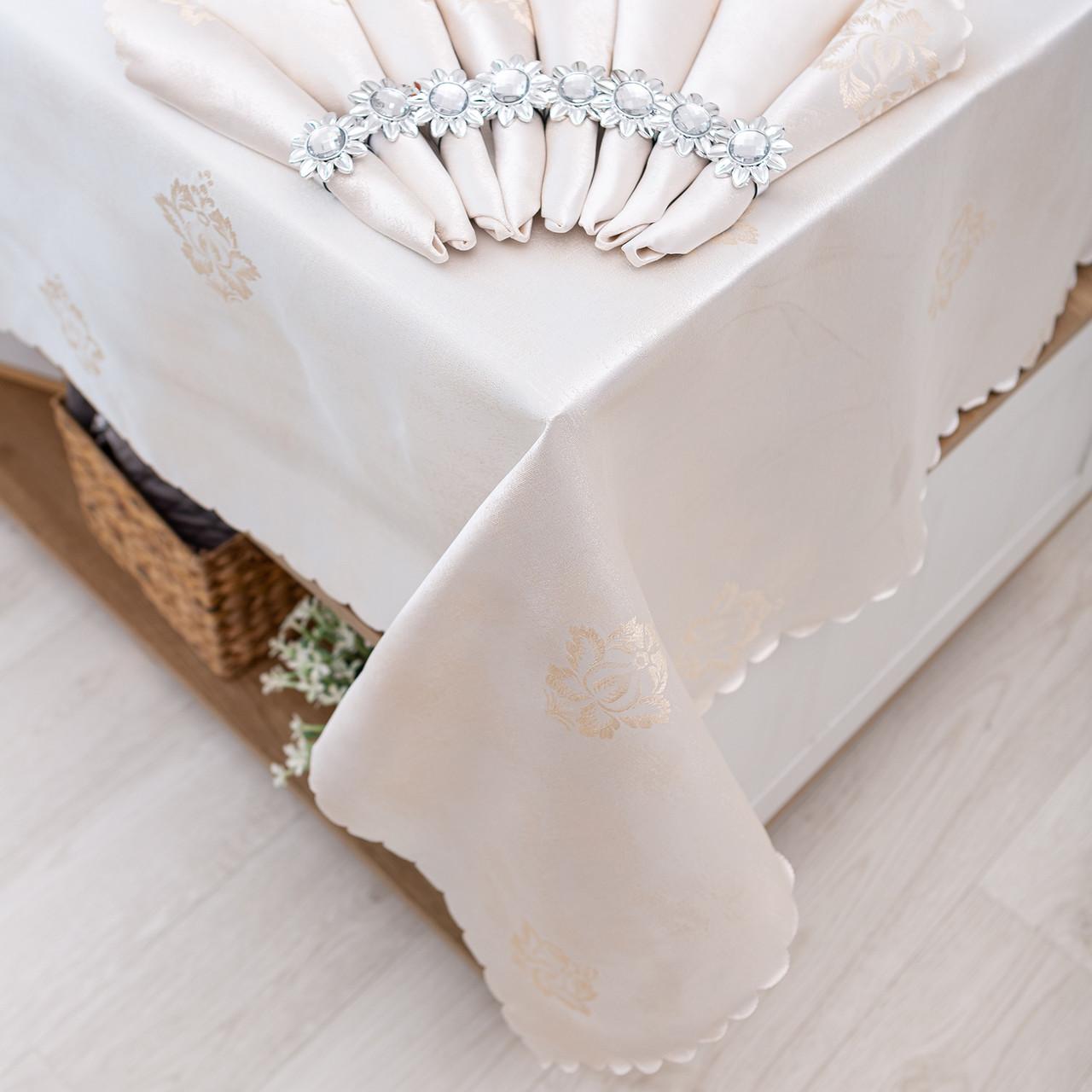 Скатерть и салфетками с кольцами 150х220