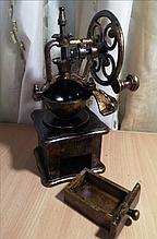 Ручная кофемолка на подарок или для коллекции