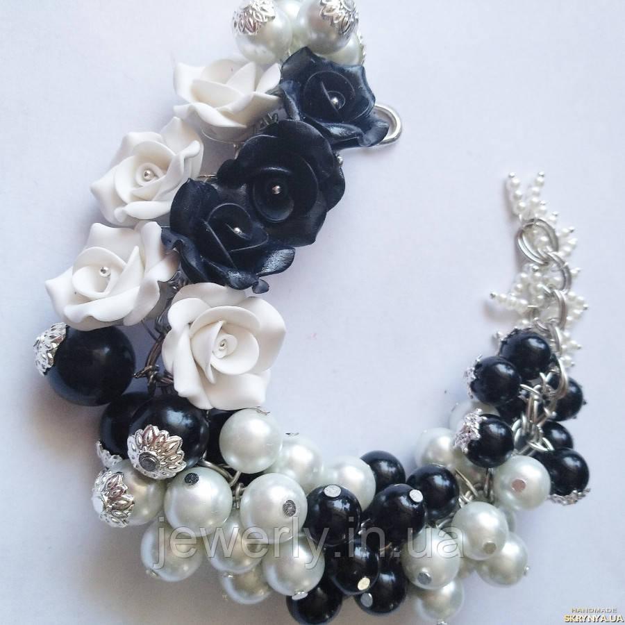 Черно - белый браслет с агатом