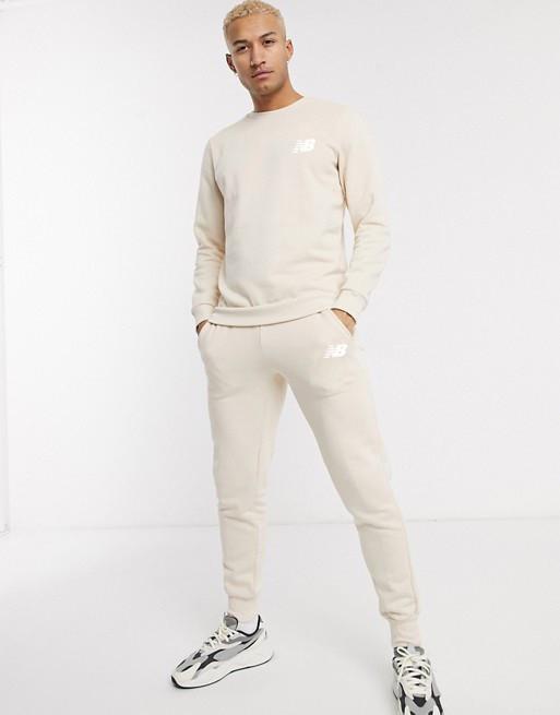 Спортивный костюм мужской New Balance (Нью Беленс) Бежевый