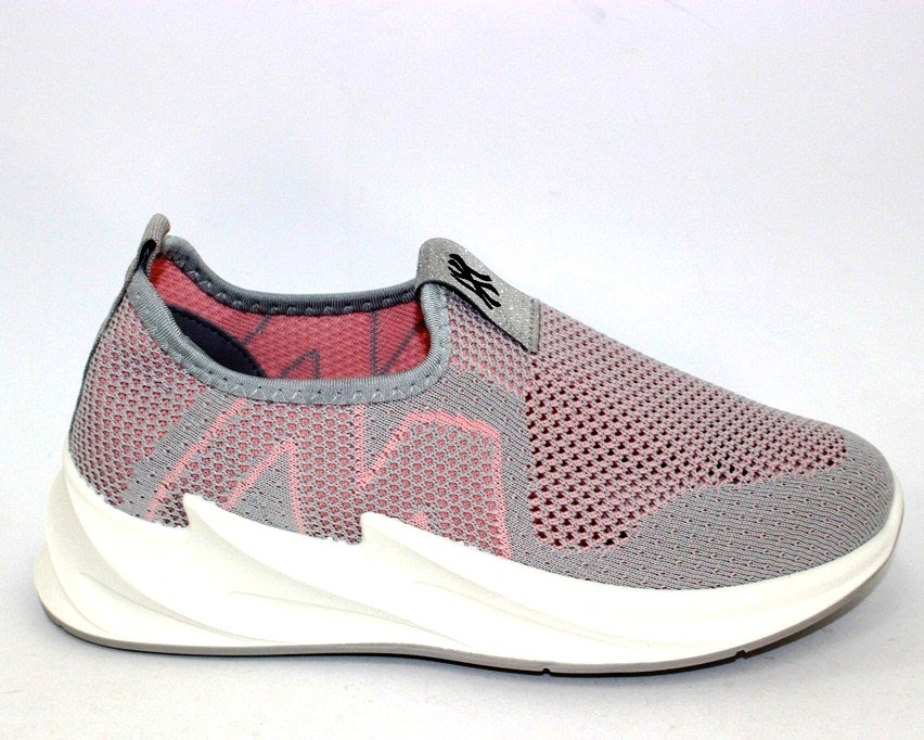 Легкие летние кроссовки из мелкой сетки женские