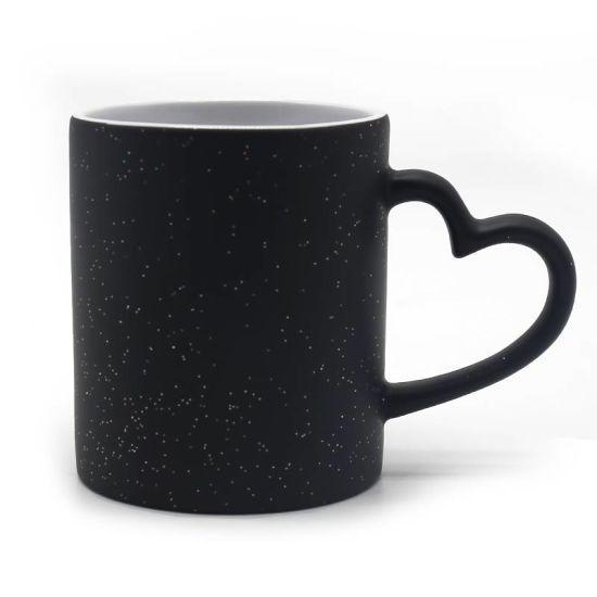 Чашка для сублимации хамелеон Love с блёстками (черный)