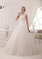 Безумно красивое свадебное платье с идеальной спинкой с косетом и нежным кружевом