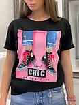 """Жіноча стильна чорна і біла футболка з паєтками """"Кеди"""", фото 5"""