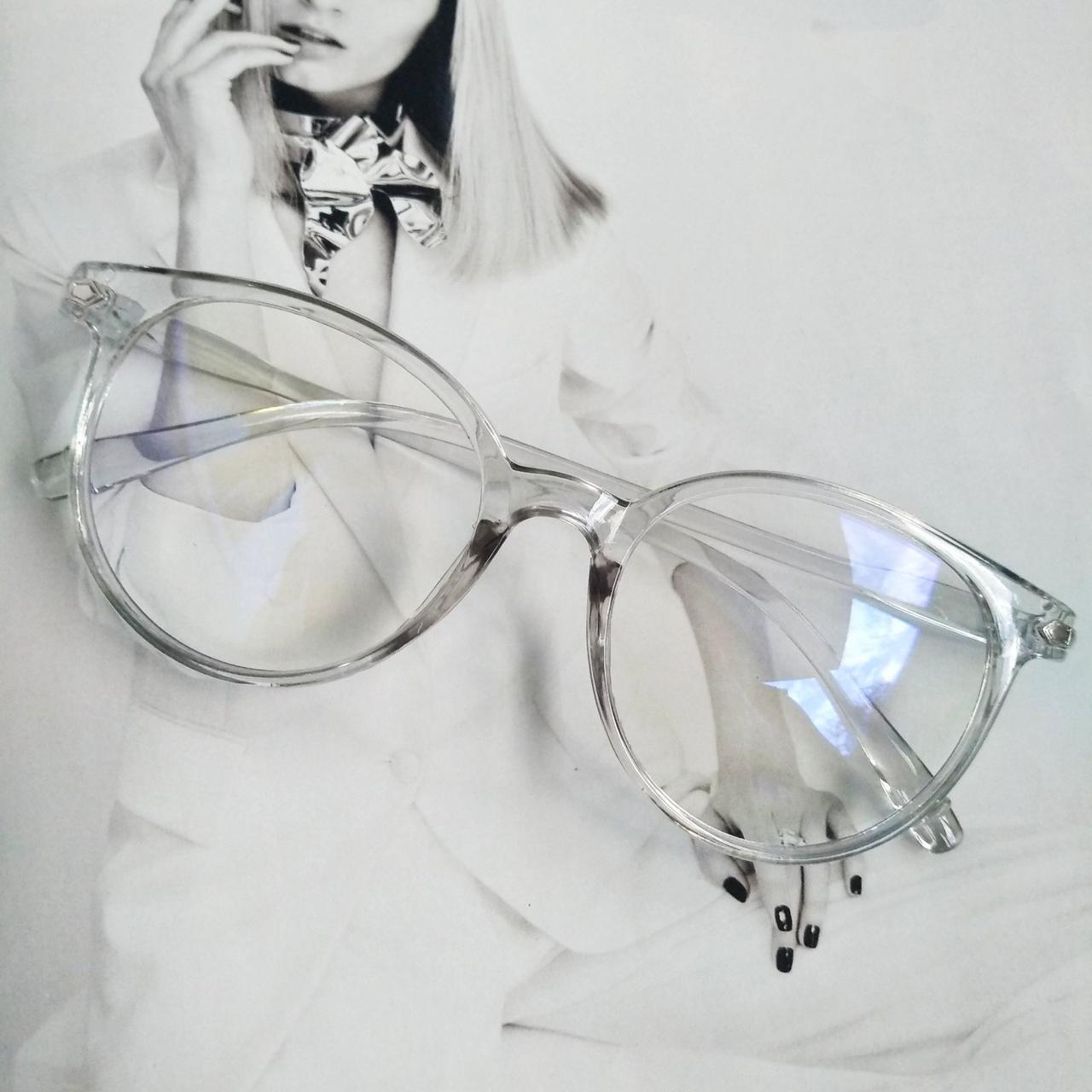 Имиджевые очки  круглые с  прозрачной линзой анти блик Серый