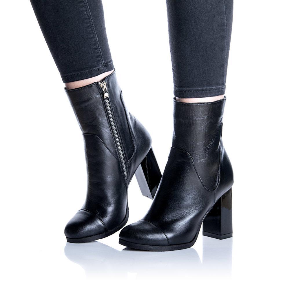 Ботинки Rivadi 2258 40(26,8см) Черная кожа