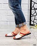 Босоножки-шлепки кожаные белые с красной окантовкой, фото 2