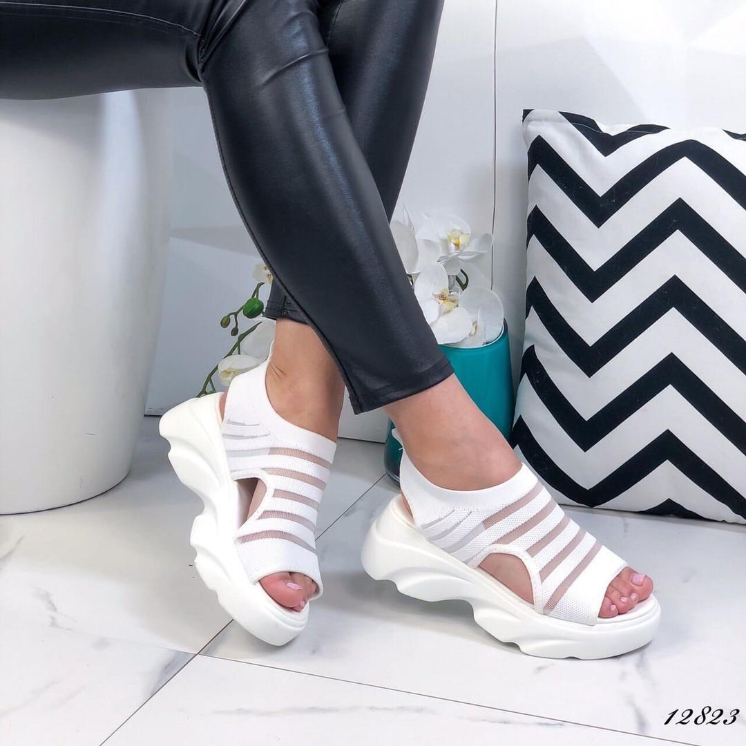 Женские белые босоножки на платформе ОВ 12823