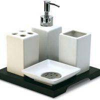 Аксесуари для ванної кімнати