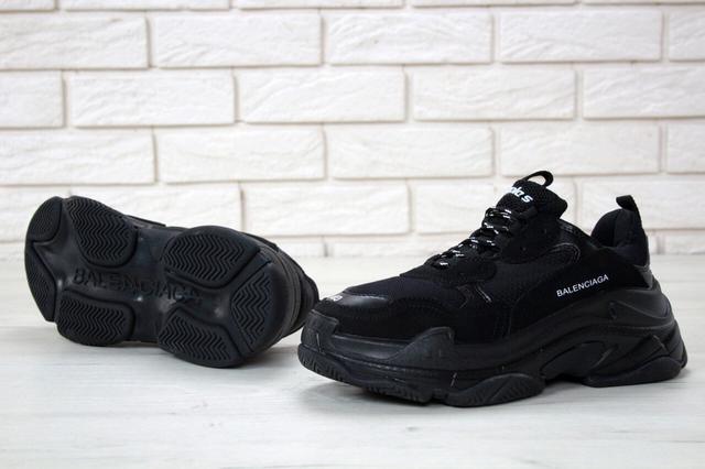 Кроссовки Balenciaga Triple S Triple Black фото