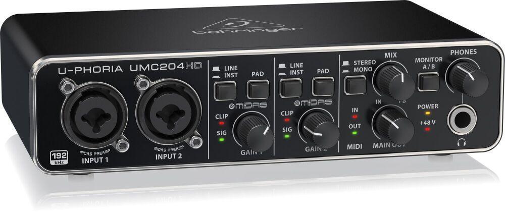 USB аудиоинтерфейс Behringer UMC204HD