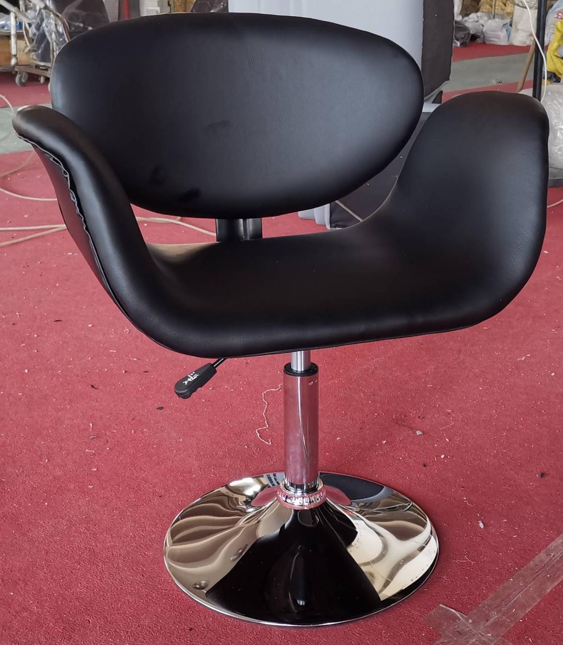 Кресло Студио (к/з Черный) (с доставкой)