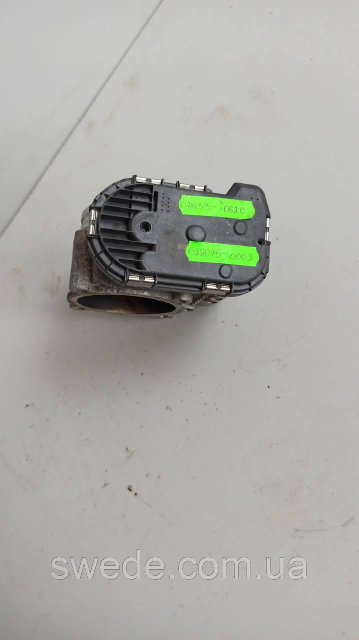 Дроссельная заслонка Audi A6 C6 3.2 FSI 2005-2011 гг 078133062C