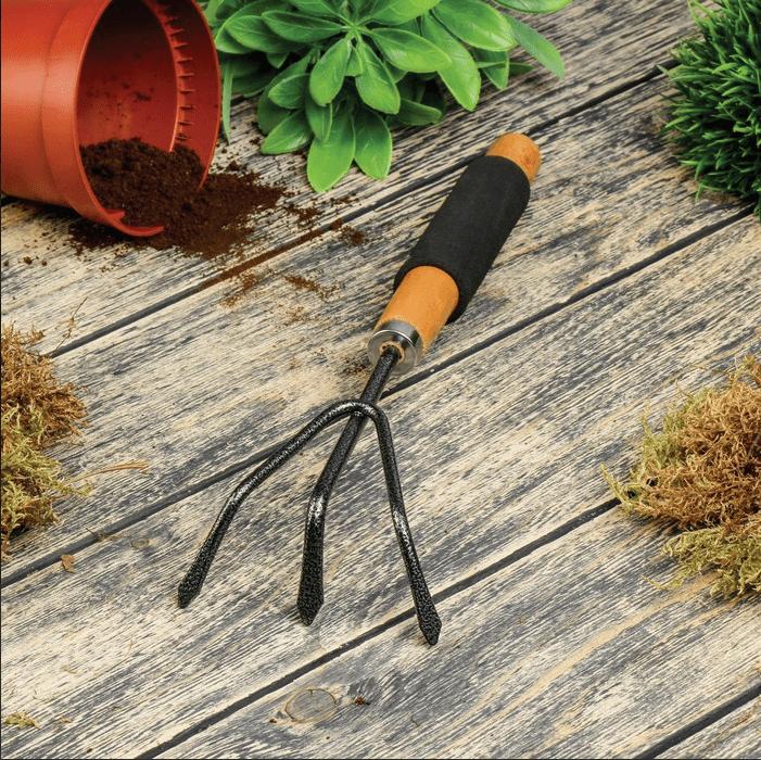 Садовий розпушувач, дерев'яна  ручка