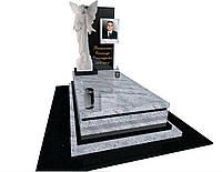 Елітний чоловічий пам'ятник з білого граніту  скульптура ангела S300