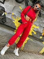 Красный спортивный костюм с укороченным свитшотом