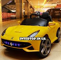 Детский электромобиль Ferrari на пульте с кожаным сиденьем, M 3176EBR-1 желтый. Машина на пульте Феррари