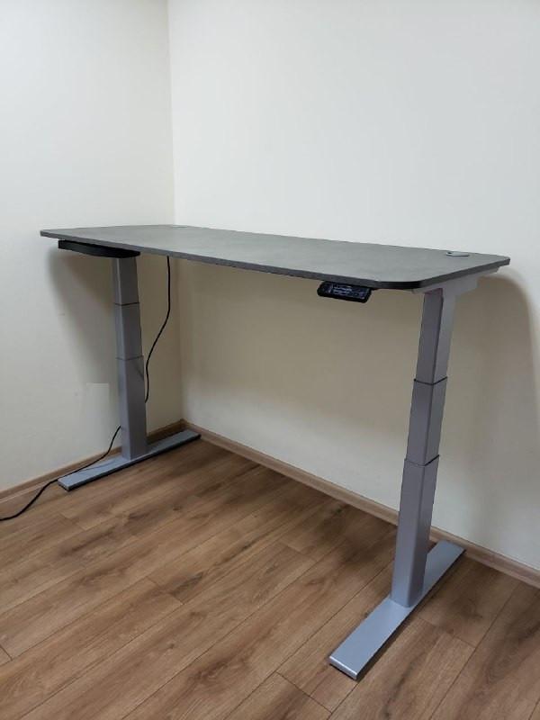 Suspa ELS3 650m Эргономичный стол для работы стоя и сидя регулируемый по высоте электроприводом