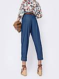 Джинсовые укороченные брюки с высокой талией  в синем цвете, фото 2