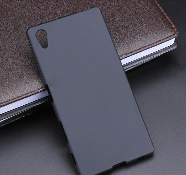 Силиконовый чехол для  Sony Xperia Z5 (E6633)