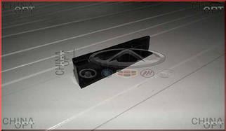 Направляющая переднего бампера, левая (пластик)