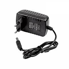 Блок питания адаптер 12В 2А стандарт 2.1x5.5 мм, КОД: 1455355