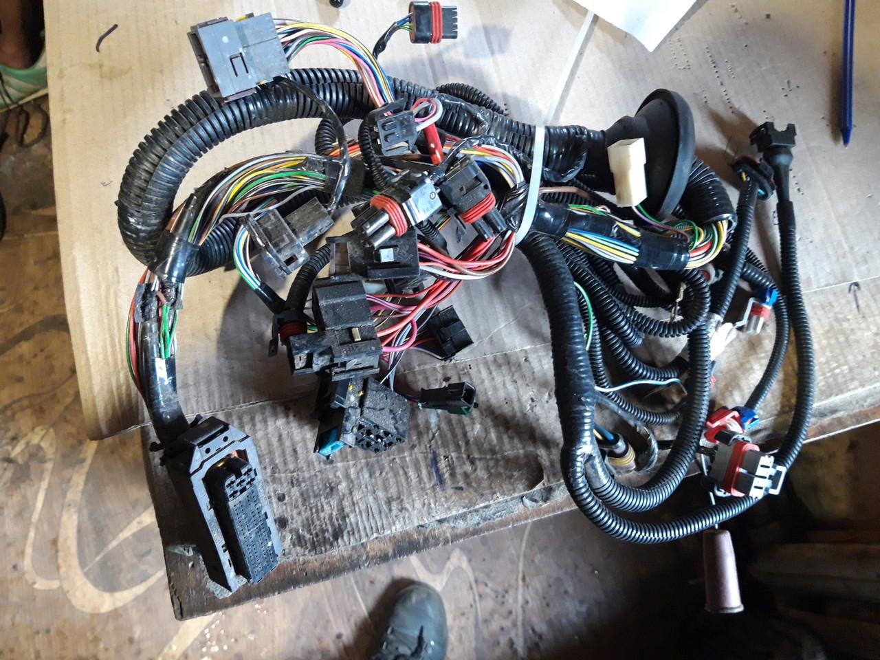Комплект проводки ЕБУ 21104 новий