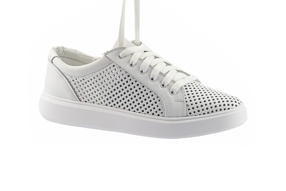 Женские кроссовки кожаные летние белые Yuves 591 Casual