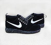 Мужские Кроссовки Nike Roshe Run черные / натуральная замша / осень-весна