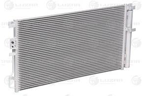 Радиатор кондиционера с ресивером Hyundai Tucson II (15-)/Kia Sportage IV (16-) 2.0i (LRAC 0835) Luzar