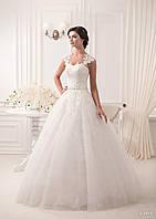 Просто волшебное свадебное платье с прекрасными кружевными и изумительной спинкой капелькой